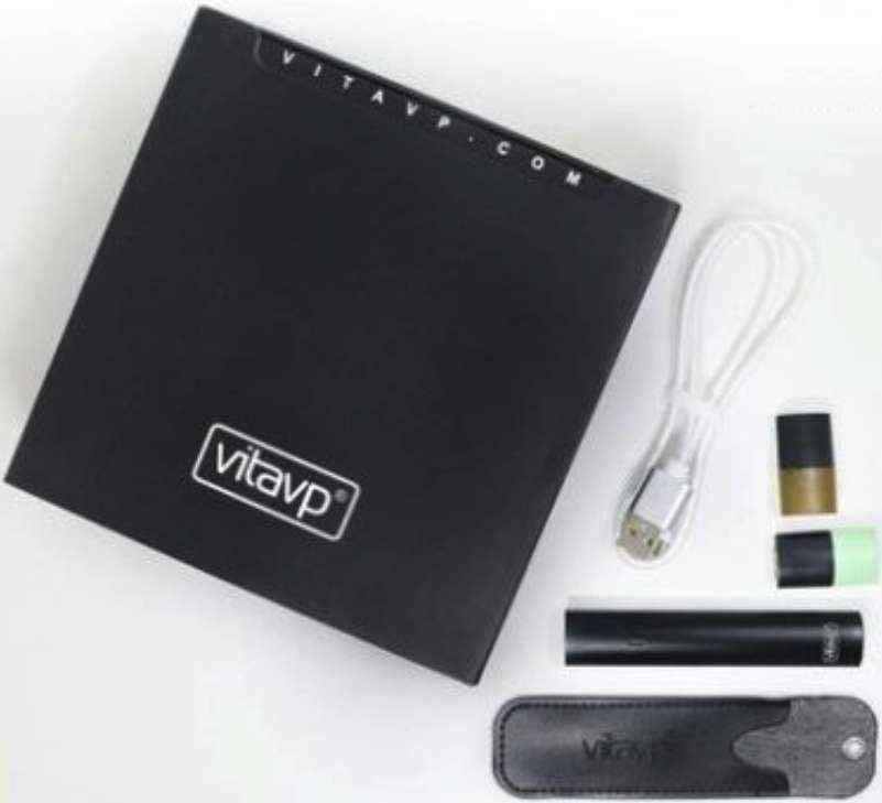 【vitavp唯它】有如真煙的口感  蒸氣式充電電子煙 - 質感黑套裝(送2顆菸彈+皮套)
